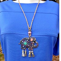 Collier long pendentif Elephant Oriental