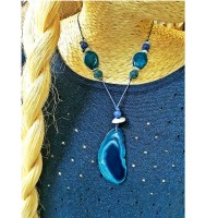 Collier long ajustable bleu, une création artisanale made in Carcassonne, boutique bymademoisellef