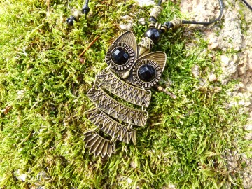 https://bymademoisellef.fr/376-thickbox/pendentif-grand-hibou-bronze-antique.jpg